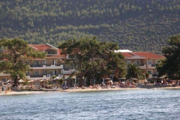 Хотел Rachoni Bay Resort 3*
