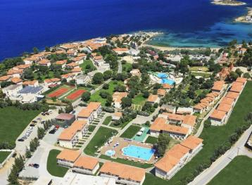 Хотел Club Resort Atlantis 4*